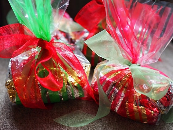 All the caramels wrapped up real pretty for gifts!