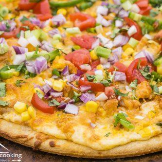 Colorado Chicken Pizza with Cheesy White Sauce