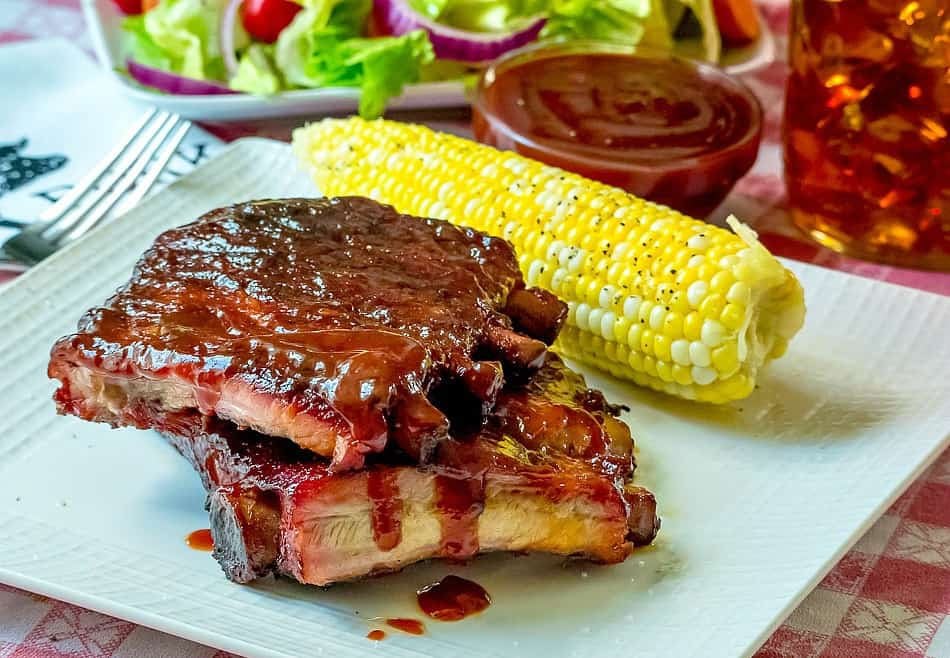 Ribs With Spicy Bourbon Barbecue Sauce Recipe — Dishmaps