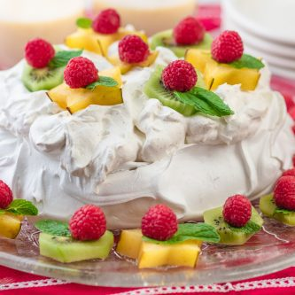 Pavlova with Cardamom Cream