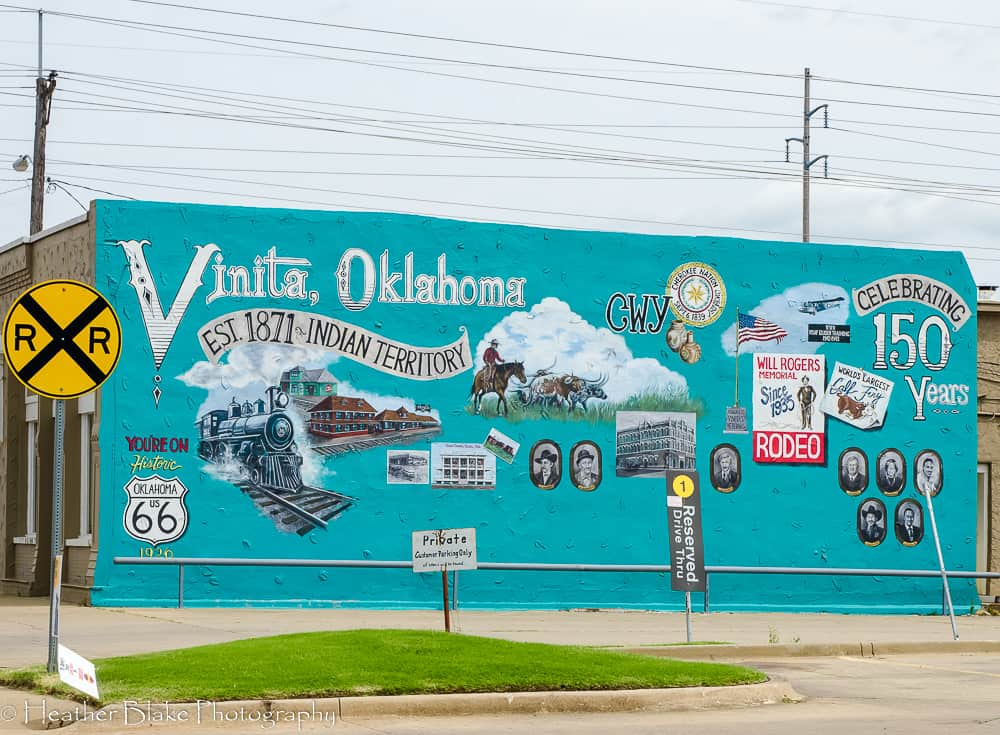 A picture of the brightly colored mural in Vinita, Oklahoma celebrating 150 years as a town.